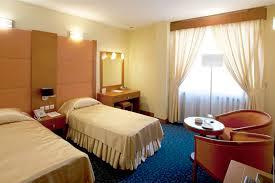 دوره فرانت آفیس هتل در کرج